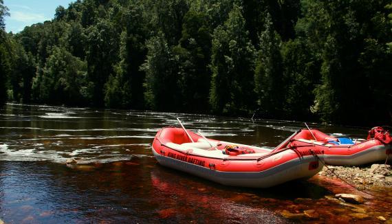 Western Tasmania Wilderness rafting