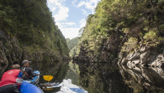 Wilderness kayak canoe tasmania